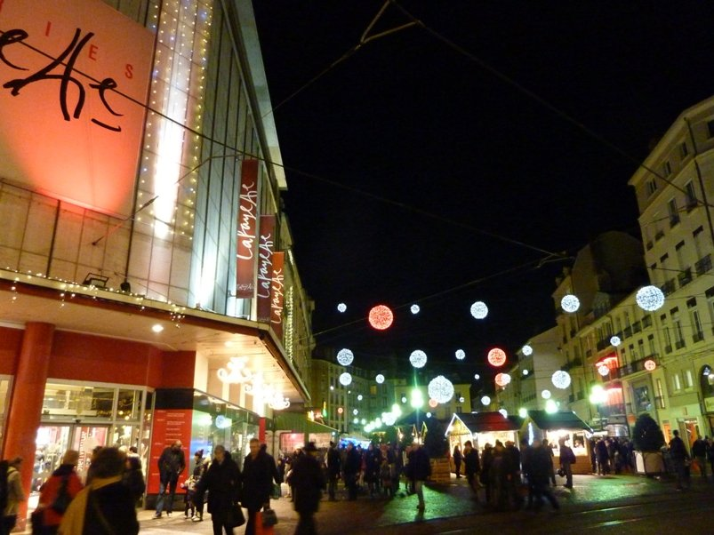 grenoble-marche-noel-nuit-35